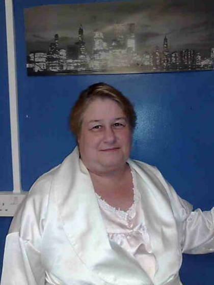 alyson (56yrs) Whitburn